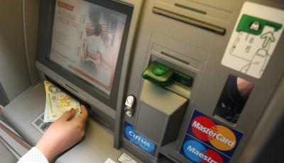România, loc IV la comisioane bancare mari
