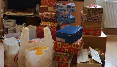 cutii cu daruri