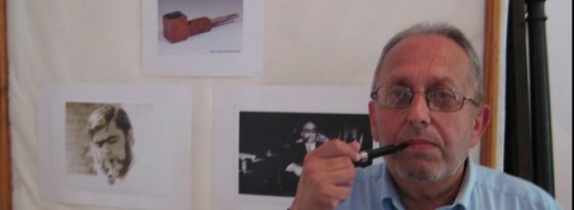 Ucu Bodiceanu fumând din pipă