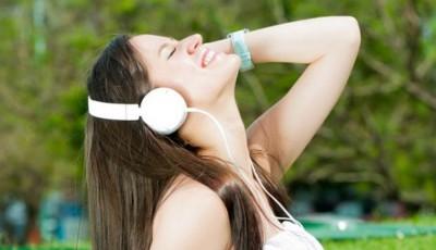 asculţi muzica