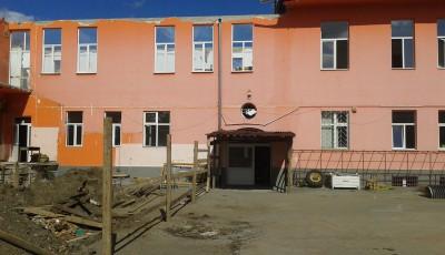liceul eminescu2