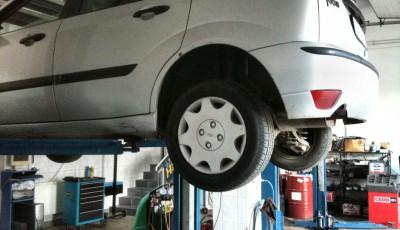 masina service auto