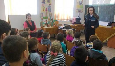 Campanie de prevenire a criminalităţii în şcolile rurale