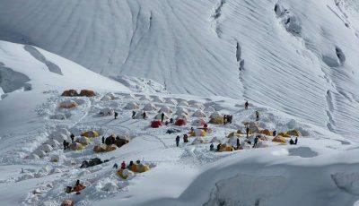 tabara-de-baza expeditia Manaslu