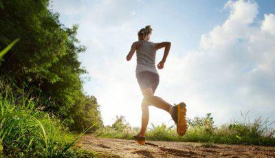 jogging femeie drum