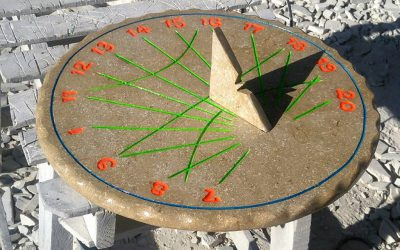 ceas solar sculptat